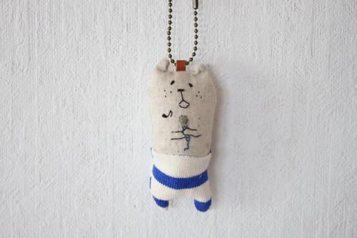 muuちゃん 手刺繍 マイク ストラップ