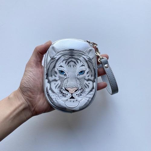 白い虎のマメポ