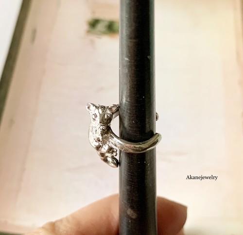 フクロモモンガのイヤーカフ