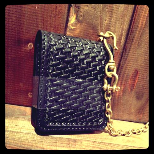 【Basket harf wallet】