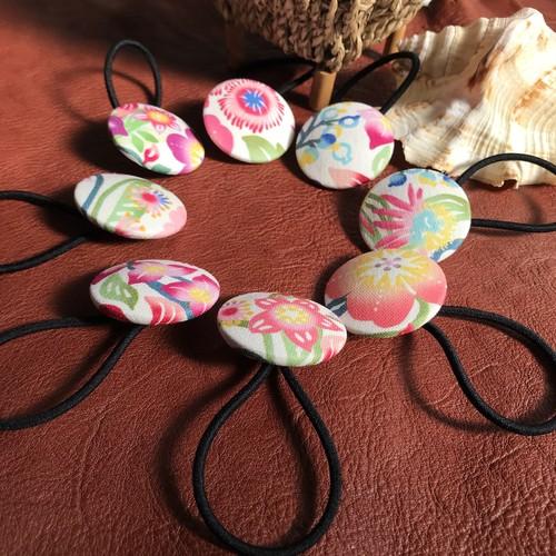 くるみボタンのヘアゴム 38mm 花柄デザイン 沖縄の花たち ピンク