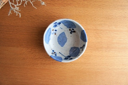 砥部焼/たたら作り小鉢/ブルー木の葉/森陶房