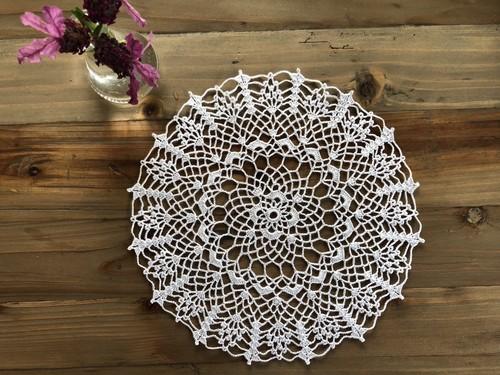 ドイリー(23センチ)レース編み ホワイト
