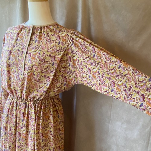 vintage pink×purple dress/ピンクと紫の不思議柄レトロワンピース
