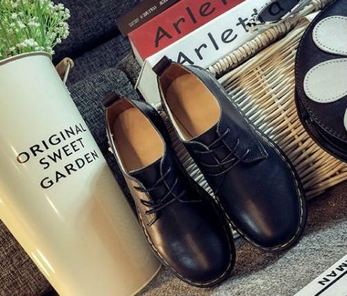オックスフォード 革靴 メンズライク コーデ おしゃれ 韓国