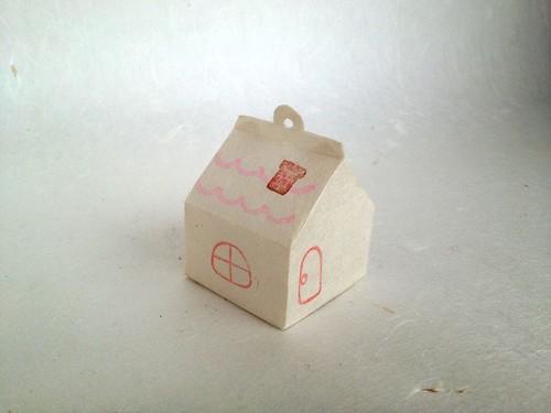 和紙のおうちライト ピンクのおうち