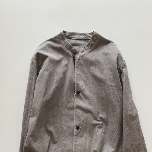 コットンボイルパラシュートクロススタンドアップカラーシャツ ベンガラ染め | THE HINOKI