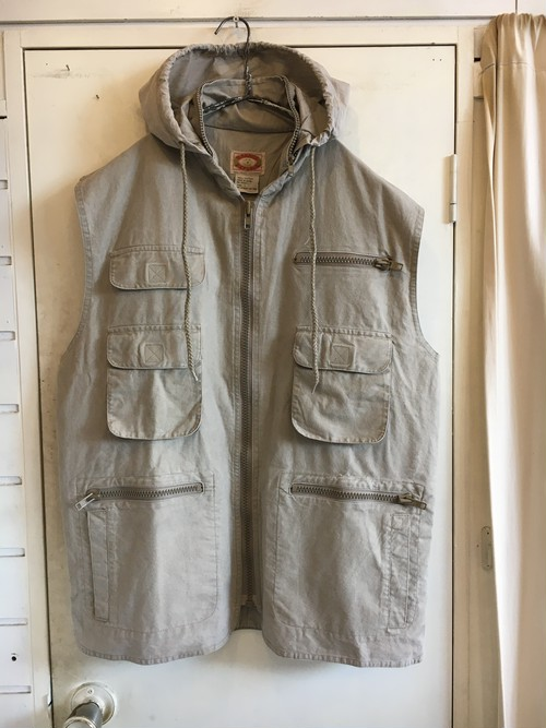"old ""Banana Republic"" cotton over vest"