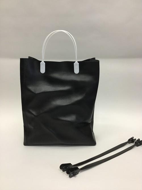 _01  004-S  black