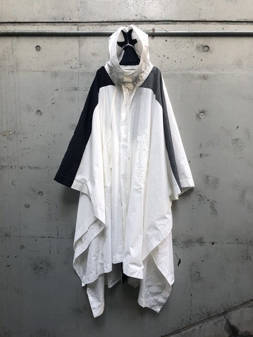 『my beautiful landlet』ripstop wide poncho coat / white