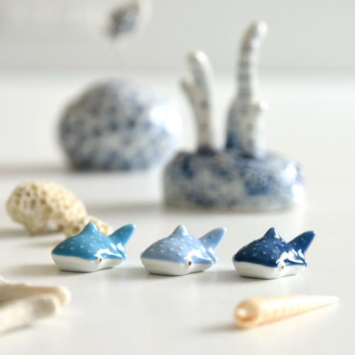 【natural69】【ジンベイザメ】【はしおき】 波佐見焼 おしゃれ 北欧風 青系 かわいい