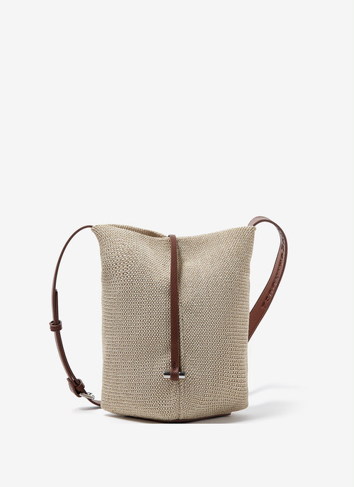 BUCKET BAG WITH RAFFIA FINISH