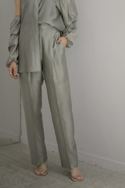 ROOM211 / Lawn Trousers (sage)