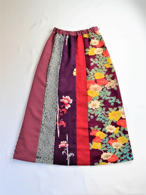 ●着物地とレースのスカート:紫花模様(椿柄・小花柄・レース)/着物リメイク/国内送料無料/1903s02