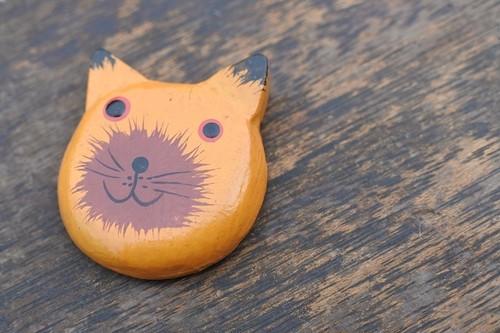 木彫りの動物 磁石 ネコ