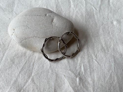 <vintage silver925>bali design hoop pierce