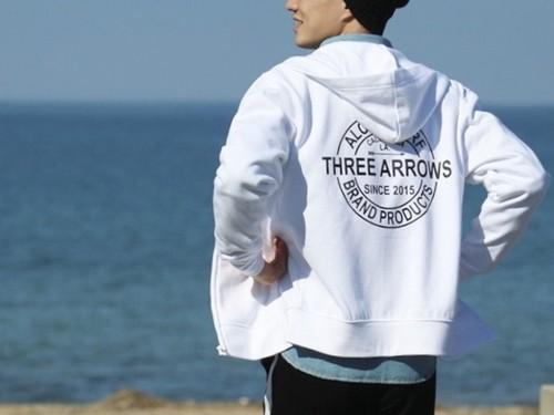 THREEARROWS BP ZIPパーカー (white)