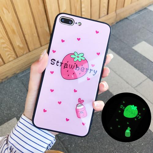 苺 ストローベリー イチゴ 蛍光ピンク ネオンカラー アイフォーンケース iphoneケース case iPhoneカバー おしゃれ おそろい カップル 韓国 おもしろい 海外 かわいい かっこいい 背面頑丈 かがみ がんじょうきれい【iPhone7/8用、ピンク】