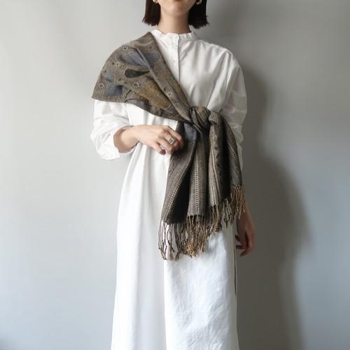 Vintage shawl / heart