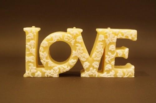LOVE/White