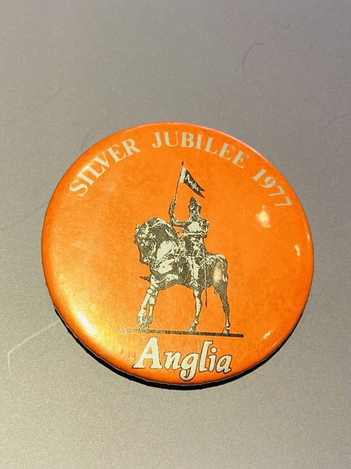 Silver Jubilee 5.5cm  1977 Badge バッジ