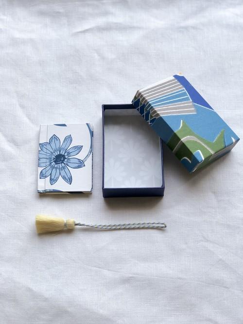 小箱 <スウェーデンの紙/Tistlar-blue01-set>