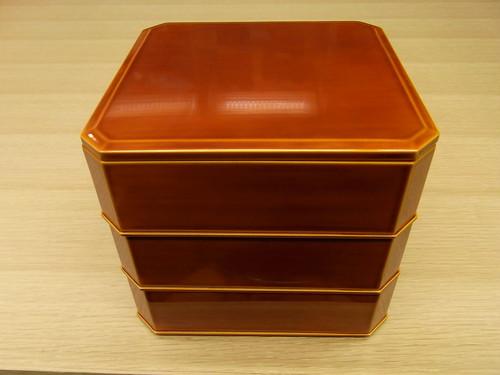飛騨春慶塗 隅切三段重 6寸 木製 うるし塗