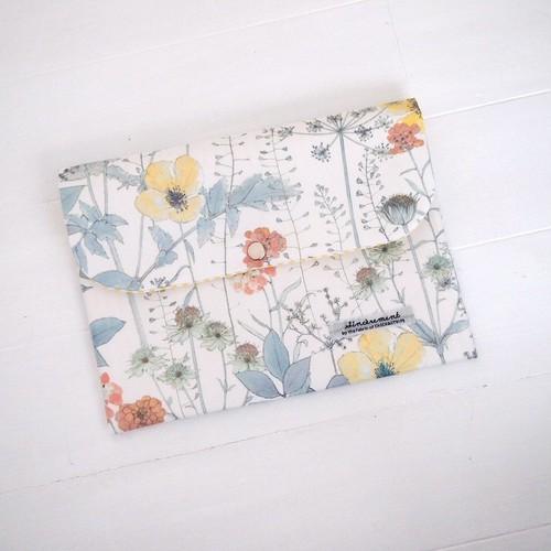 リバティ 母子手帳ケース イルマ/イエロー3Y B6サイズ パスポートケース,通帳ケース