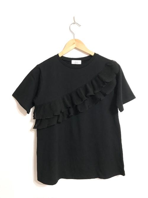 プリーツフリルのTシャツ ブラック