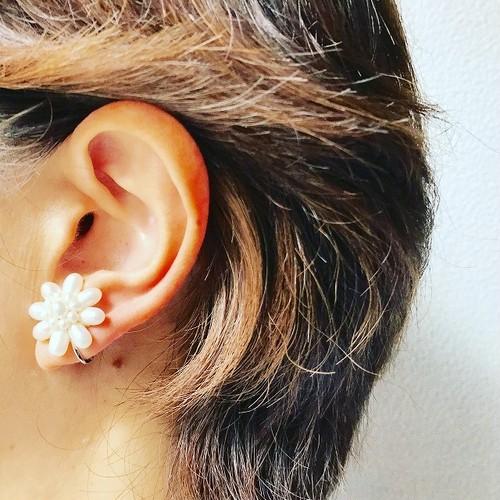 淡水真珠 花のイヤリング  868stones