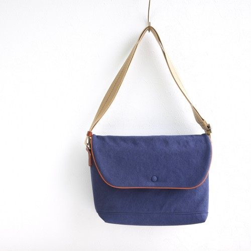CANVAS FLAP SHOULDER M / NAVY