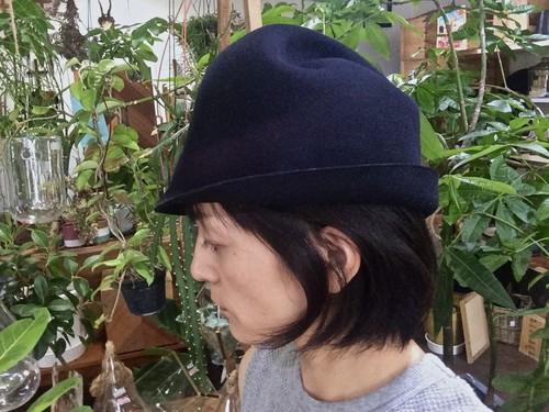 『mature ha.』マチュアーハ free hat  フリーハット back stitch ダークネイビー