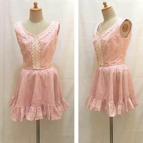XS~Mサイズ【アメリカ製古着】1960年代ヴィンテージ◆ベビーピンクに清楚な小花◆ミニ丈ワンピース