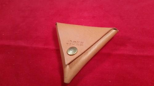 三角コインケース(タン)