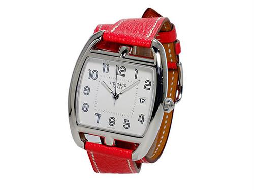エルメス HERMES ケープコッド トノー CAPE COD TONNEAU クオーツ レディース 腕時計 CT1.710.130.OOA52