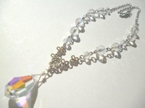 カットガラスのネックレス〈n257〉