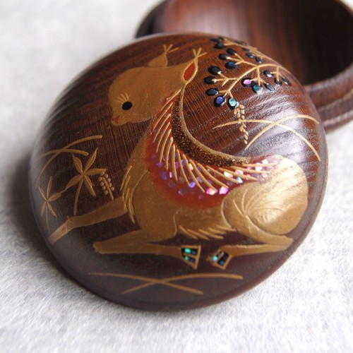 "Makie incense case ""BAMBI"" by Hakucho"