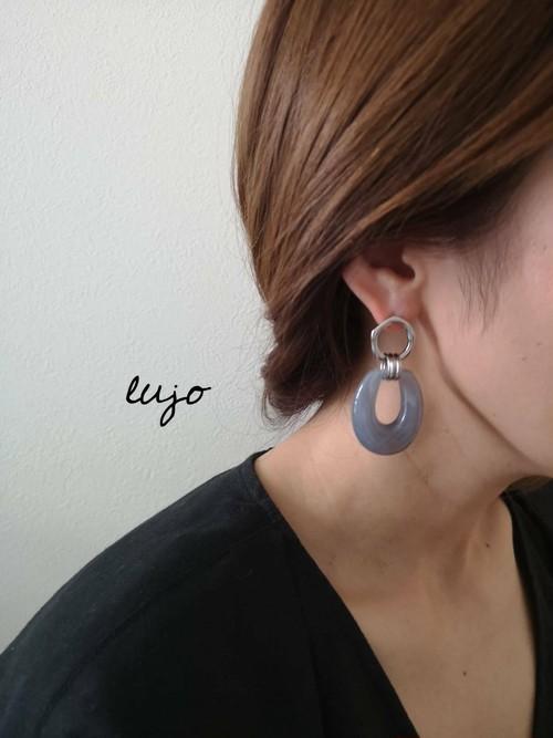 blue gray アクリルピアス