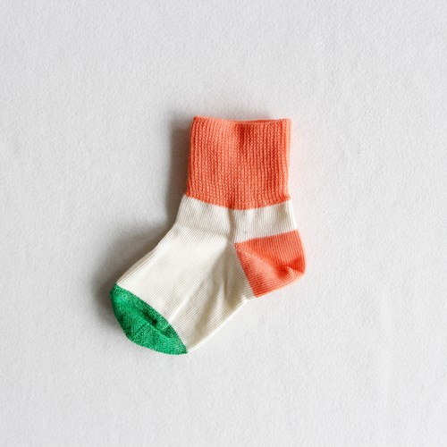 《suis moi》3 tone short socks / white × orange / 4-10Y