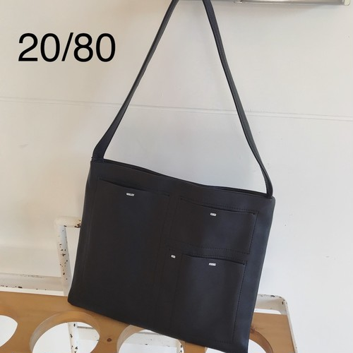20/80・トゥエンティーエイティー/SHRINK LEATHER FLAT POCKET SHOULDER BAG SMALL