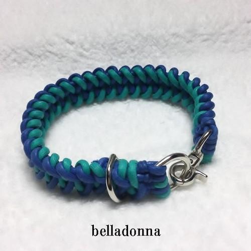 青とエメラルドグリーンの綿ロープマクラメ編みの首輪