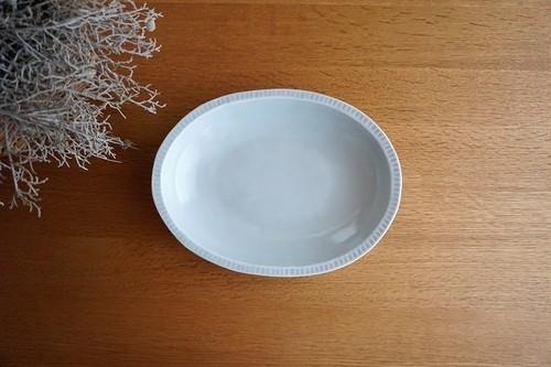 砥部焼/楕円カレー皿(大)/鎬/ひろき窯