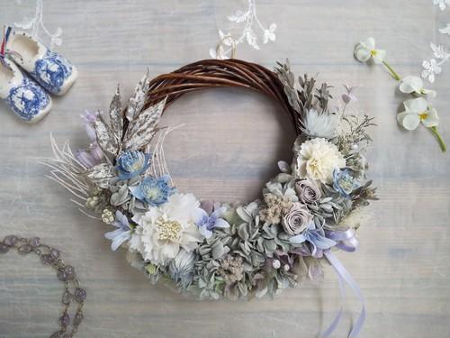 Lune Bonheur< Enfumé>*受注制作*ハーフムーンリース*プリザーブドフラワー*お花*ギフト*結婚祝い*新築祝い*お誕生日祝い*ウェディング