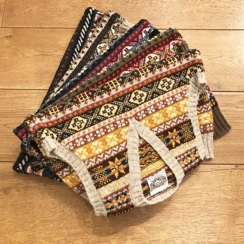 Jamieson's 『Fair Isle V-Neck Knit Vest(#MK176V)』