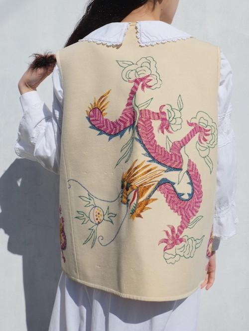 vintage/dragonet vest.