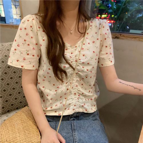【トップス】花柄Vネックスウィート半袖シャツ