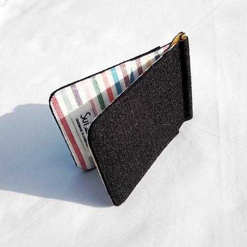 【シンプル黒色】スマートなお財布・マネークリップ