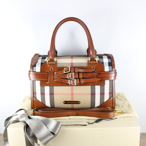 .BURBERRY CHECK PATTERNED BELTED 2WAY BRIDLE LEATHER SHOULDER BAG/バーバリーチェック柄ベルテッドブライドルレザー2wayショルダーバッグ 2000000045443