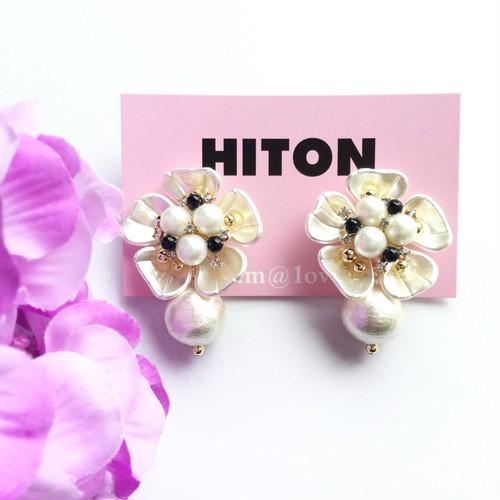 HITON ビジューフラワー×大粒コットンパールピアス/イヤリング