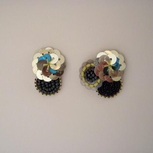 1601-06 お花のピアスorイヤリング(シルバー)